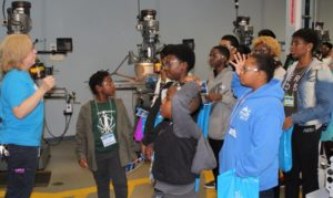 Students visit the manufacturing center.