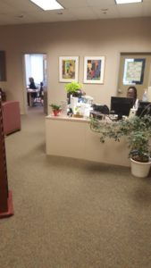 The entrance and secretary desk in the Counseling Center (Photo by the author.)